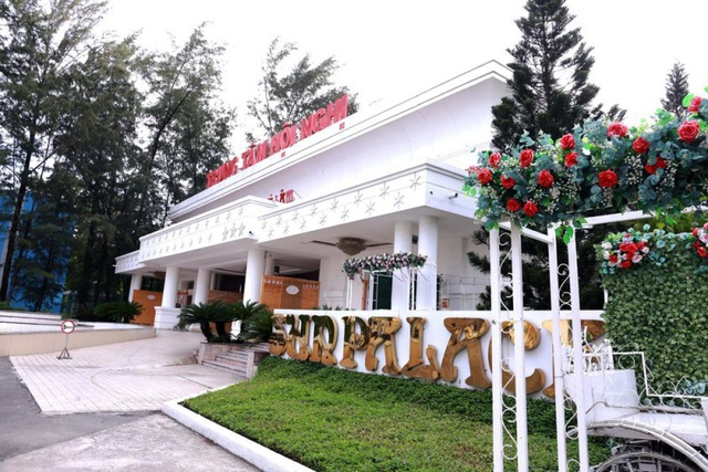 """UBND quận 6 đồng ý cấp phép xây dựng nhà hàng tiệc cưới """"khủng"""" gần 2.000m thuộc khuôn viên công viên Phú Lâm (mặt tiền đường Kinh Dương Vương) với giá cho thuê chỉ """"20 triệu đồng/tháng"""""""