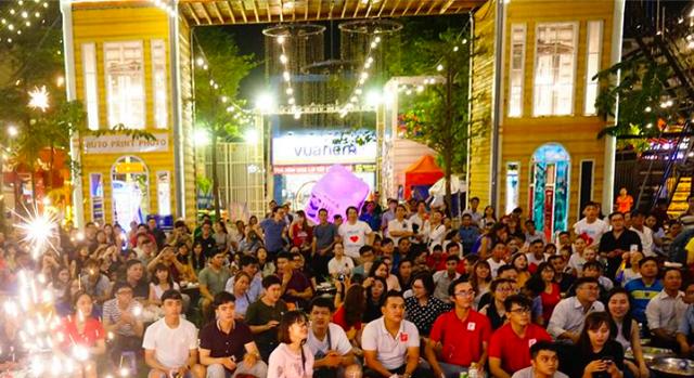 CĐV Sài Gòn vững tin Tuyển Việt Nam chiến thắng