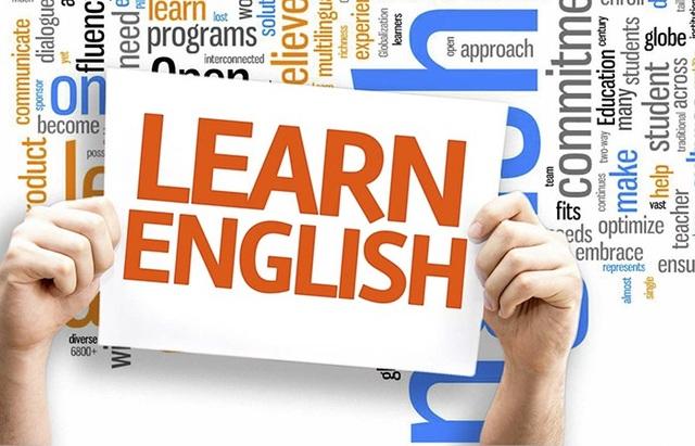 Tiếng Anh là ngôn ngữ chủ yếu được dùng trong các công bố khoa học-công nghệ, là ngôn ngữ chính của thương mại, hàng không quốc tế…