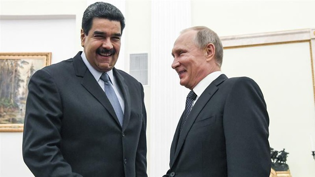 Mặc kệ lệnh trừng phạt của Mỹ, Nga vẫn đầu tư 6 tỷ USD vào vàng và dầu mỏ của Venezuela. (Nguồn: Al Jazeera)