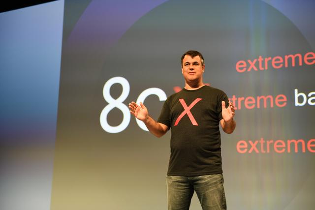 Snapdragon 8cx được chứng nhận Windows 10 Enterprise đầu tiên cho nền tảng Snapdragon.