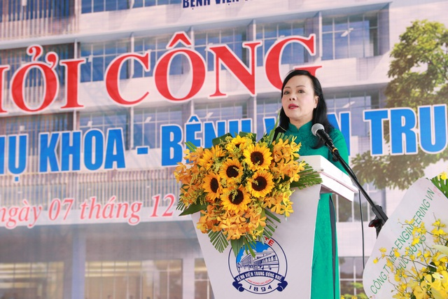 PGS.TS. Nguyễn Thị Kim Tiến, Bộ trưởng Bộ Y tế phát biểu tại buổi lễ