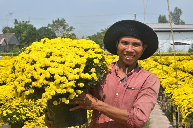 Lãnh đạo TP Sa Đéc cho biết, dịp tết Kỷ Hợi năm nay Làng hoa sẽ cung cấp ra thị trường từ 2,5 -3 triệu giỏ hoa các loại, trong đó nhiều nhất là cúc mâm xôi, vạn thọ...
