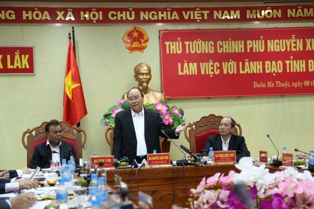 Thủ tướng Nguyễn Xuân Phúc làm việc với lãnh đạo chủ chốt tỉnh Đắk Lắk