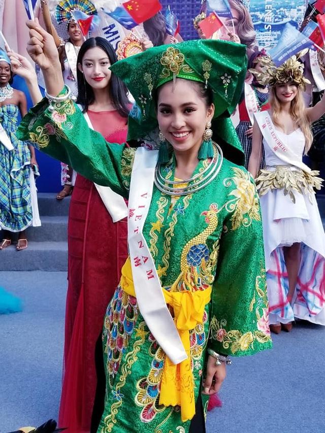 Tiểu Vy nỗ lực hết sức để quảng bá hình ảnh Việt Nam ra thế giới