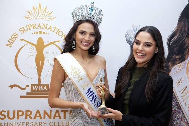 Valeria Vazquez giành ngôi hoa hậu còn á hậu 1 là người đẹp Mỹ Katrina Jayne; á hậu 2 - Magdalena Bieńkowska tới từ Ba Lan; á hậu 3 Wilda Octaviana Situngkir người Indonesia và á hậu 4 Diana Romero tới từ Mexico