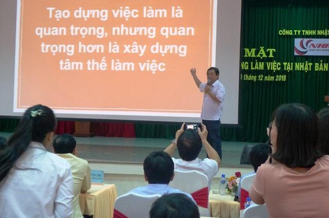 Ông Lê Minh Hoan - Bí thư Tỉnh ủy Đồng Tháp cho rằng: Tạo dựng việc làm là quan trọng, nhưng quan trọng hơn là xây dựng tâm thế làm việc.