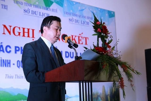 Ông Nguyễn Văn Phúc, Phó Giám đốc Sở Du lịch Thừa Thiên Huế phát biểu tại hội nghị
