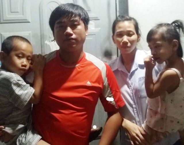 Cả nhà 3 người bệnh phải dựa vào đồng lương công nhân của người vợ trẻ