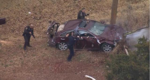 Sau khi dùng kỹ thuật PIT, xe vi phạm đã lộn một vòng trên không trung và đâm vào cây cột bên lề đường. Tài xế sau đó được lôi ra khỏi cửa kính cùng với hai người khác. Danh tính tài xế lái xe vi phạm sau đó được xác định là Daydrion Dennis, 27 tuổi. Cảnh sát Oklahoma đã viết phiếu phạt và đưa Dennis tới bệnh viện để điều trị vết thương.