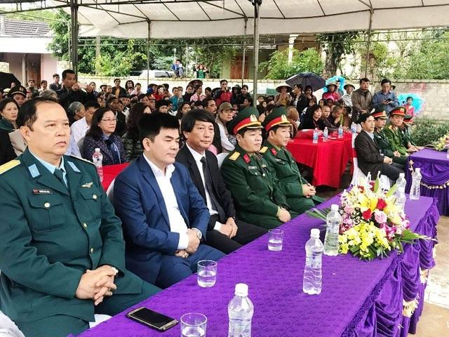 Rất đông đại biểu có mặt tham dự buổi lễ.