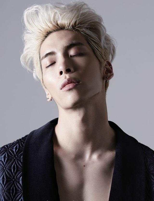 Nam ca sĩ quá cố Jonghyun vừa qua đời tháng 12/2017