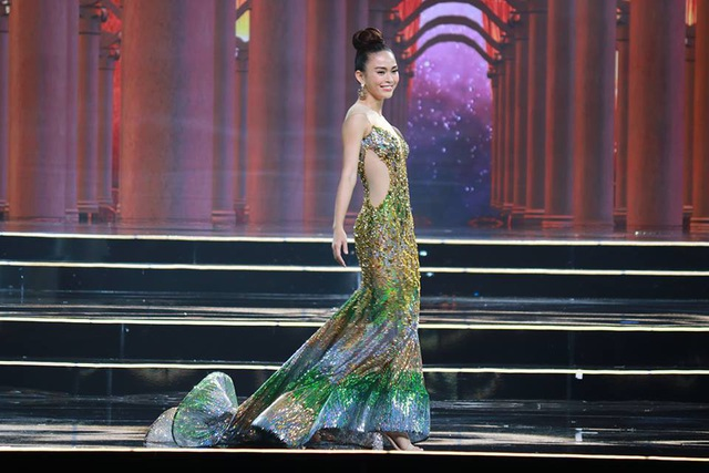 H'Hen Nie đăng quang Hoa hậu Hoàn vũ Việt Nam 2017 - 19