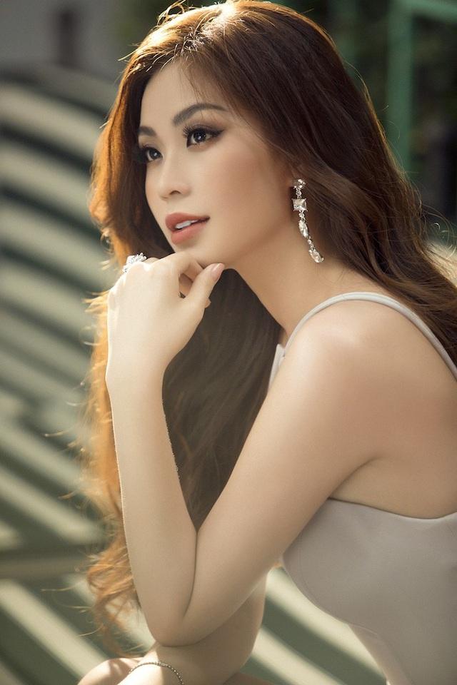 """Hiện tại, Diễm Trang đã khá """"quen mặt"""" với khán giả trên bản tin Toàn cảnh 24h phát trong trên VTV9."""