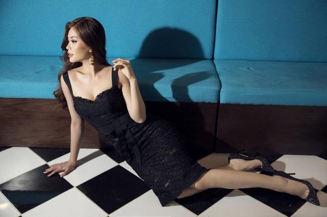 Á hậu Diễm Trang hở bạo khoe 3 vòng, xứng danh mỹ nhân mới của VTV - 9