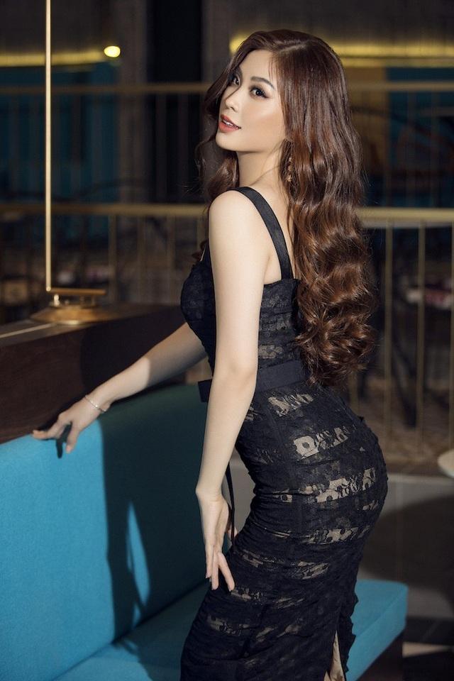 Á hậu Diễm Trang hở bạo khoe 3 vòng, xứng danh mỹ nhân mới của VTV - 8