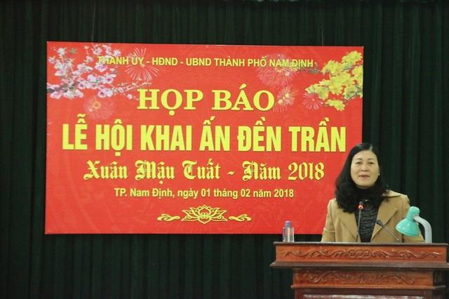 Chiều ngày 1/2, UBND thành phố Nam Định đã tổ chức họp báo công bố việc tổ chức lễ hội Khai ấn đền Trần năm 2018.