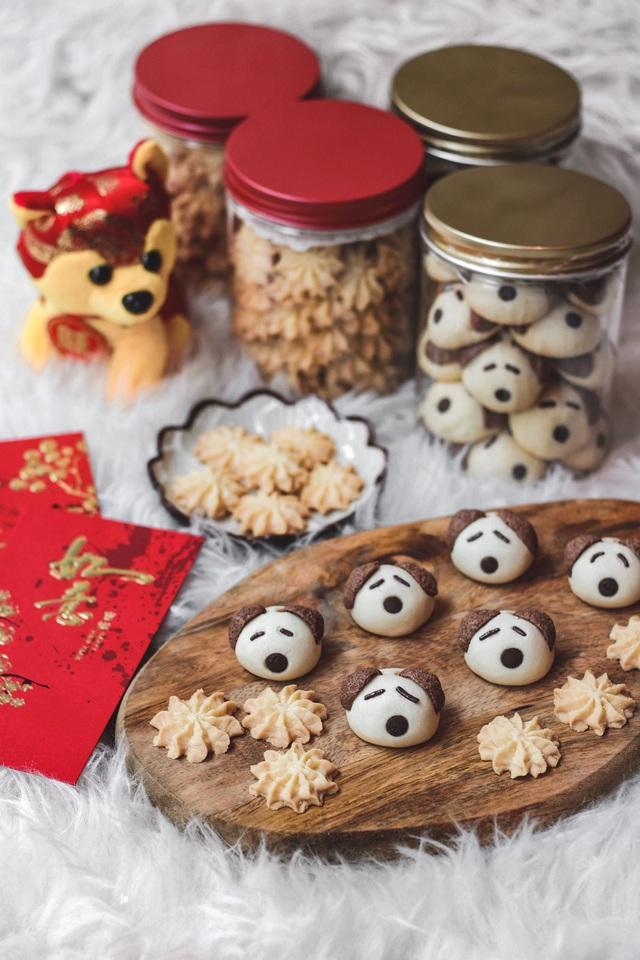 Mỗi lọ bánh hình chú cún có giá 10 SGD/lọ (hơn 170.000 đồng).