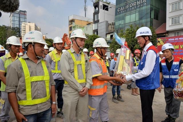 Lãnh đạo TPHCM: Đảm bảo đủ vốn thi công tuyến metro số 1 - 2