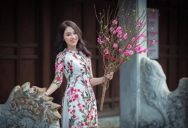 Hot girl xinh đẹp gửi lời chúc Tết độc giả báo Dân trí - 7