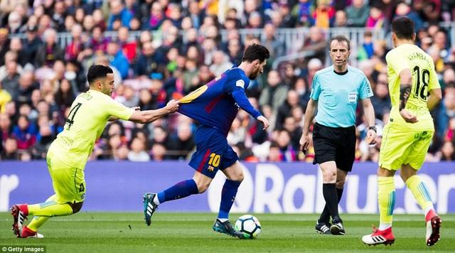 Nỗ lực của Messi không thể giúp Barcelona tìm được chiến thắng
