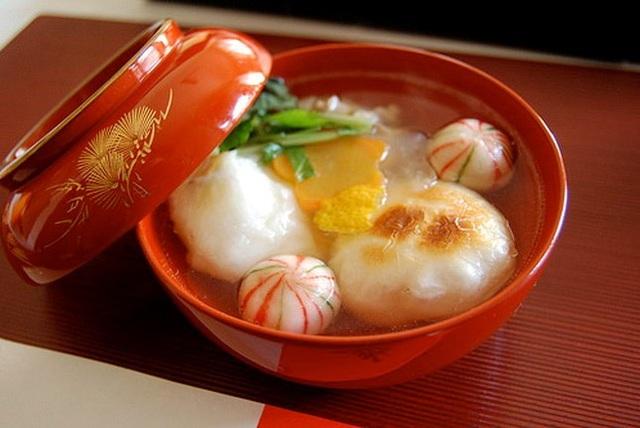Món súp ozoni của người Nhật ăn dịp đầu năm