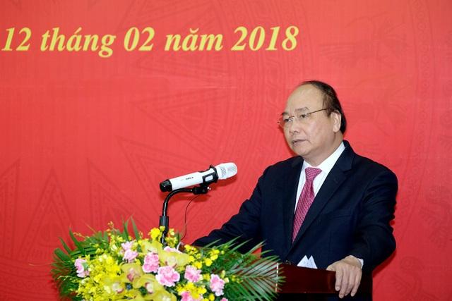 Thủ tướng trao quyết định cho Chủ tịch Uỷ ban Quản lý vốn Nhà nước tại doanh nghiệp Nguyễn Hoàng Anh