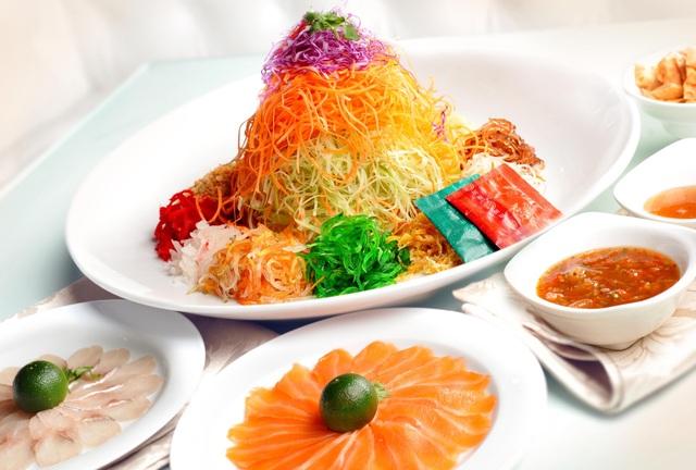 Món Yusheng ăn ngày đầu năm mới của người Singapore