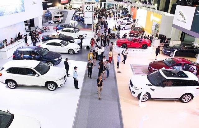 Năm 2017 sản xuất lắp ráp, tiêu thụ ô tô của Việt Nam giảm do tâm lý chờ đợi xe nhập khẩu giá rẻ...