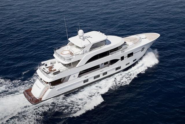 Siêu du thuyền Ocean Alexander Megayacht đắt thứ 3 trong buổi triển lãm du thuyền tại Miami. (Nguồn: BI)