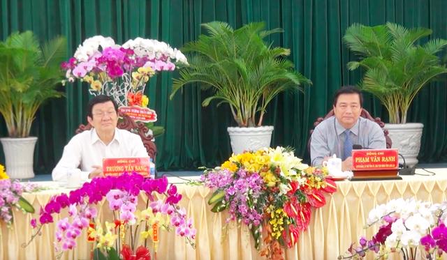 Nguyên Chủ tịch nước Trương Tấn Sang cũng đến chúc Tết các ban ngành tỉnh Long An