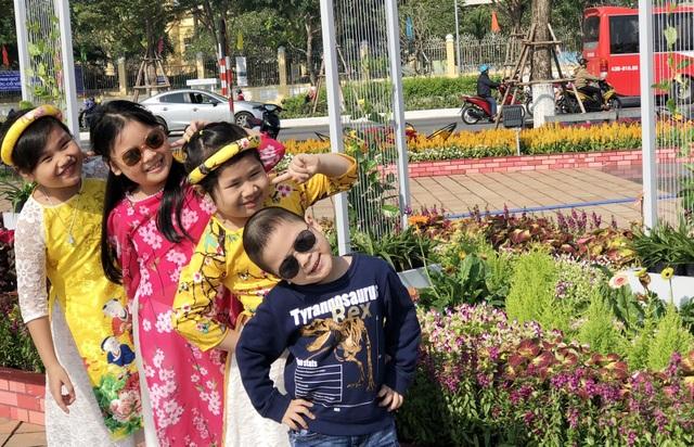 Người dân Đà Nẵng náo nức du xuân sớm - 5