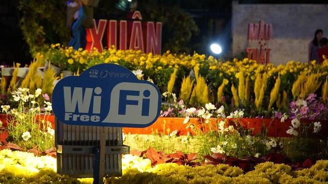 Phục vụ wifi cho công nhân miễn phí