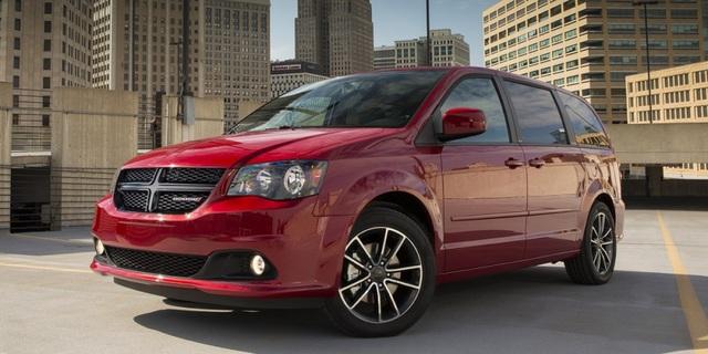 5. Dodge Grand Caravan (doanh số: 173.869, giảm 3,3%)