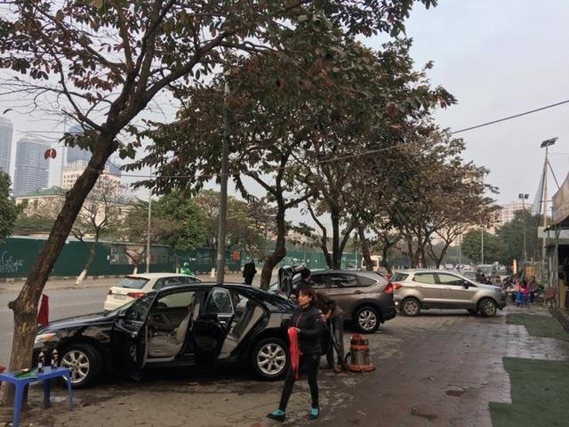 Dịch vụ rửa xe hốt bạc, tăng giá 4-5 lần - 7