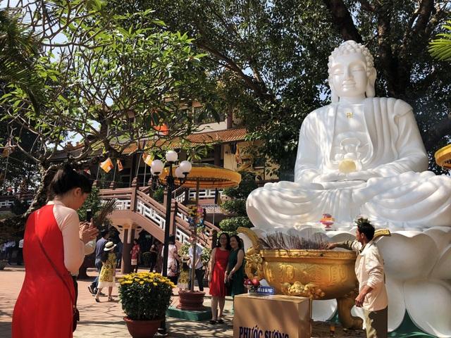 Lạy Phật cầu an