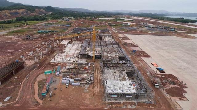 Tiến độ xây dựng sân bay Vân Đồn đang rất khẩn trương