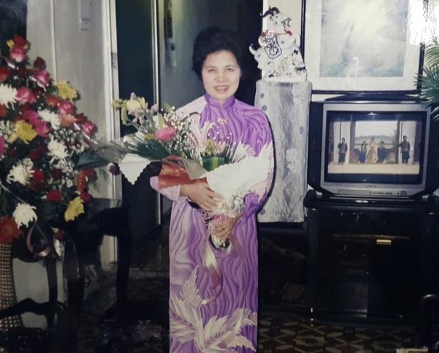 Với bà Đào Thị Xuyên, những câu chuyện bố kể cùng mùi thơm ngậy của bánh chưng ngày Tết luôn theo bà cùng các anh chị em suốt cuộc đời…