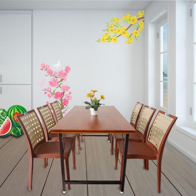 Bộ sản phẩm bàn VICTO mặt gỗ cao su ghép phủ sơn PU, chân sắt sơn tĩnh điện, kết hợp cùng ghế nhựa PARIS, RUBY hay ADORA,… cho không gian phòng ăn thêm mộc mạc, hòa hợp với tự nhiên