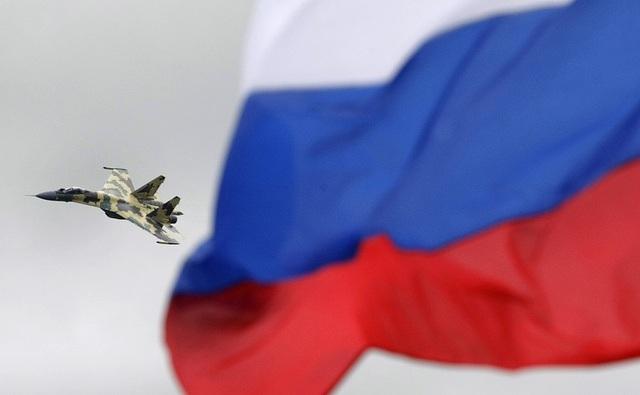 Được sản xuất từ thập niên 1980, máy bay chiến đấu Su-35 của Nga là phiên bản nâng cấp của máy bay chiến đấu đa nhiệm Su-27 và được NATO gọi với tên khác là Flanker-E. (Ảnh: TASS)