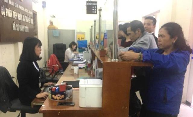Công dân liên hệ làm việc tại phường Ngọc Khánh tăng đột biến ngày làm việc đầu năm.