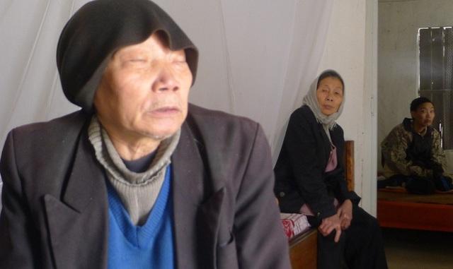 Ngày Tết với gia đình ông Hoa là chuỗi những ngày buồn não.