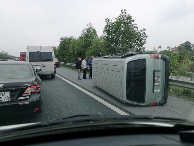 Những hình ảnh giao thông ngày Tết không thể bỏ qua - 21