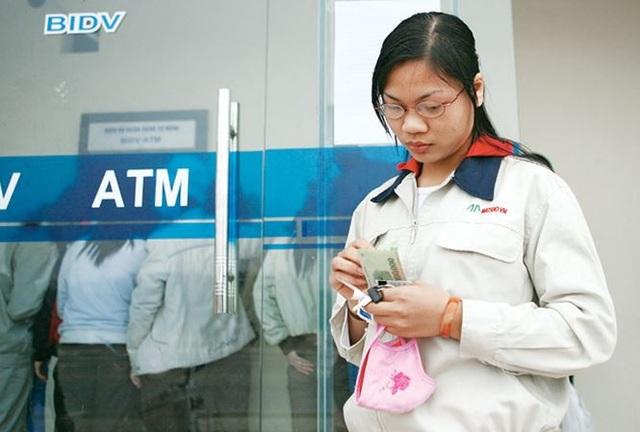 Thủ tướng Nguyễn Xuân Phúc cho biết thưởng Tết năm 2018 của công nhân tăng khoảng 13%.