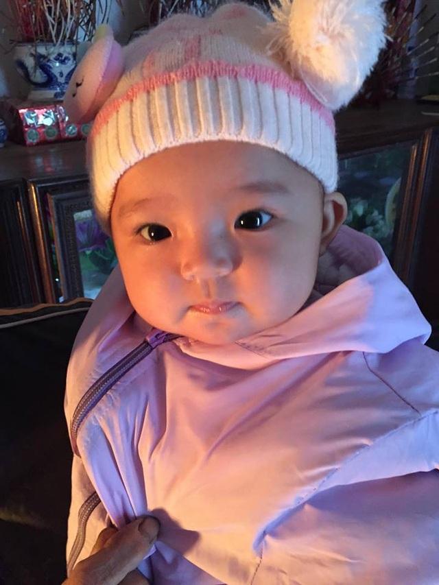 Cô bé Quỳnh Anh đáng thương đã bị mẹ bỏ rơi, giờ lại không còn bố.