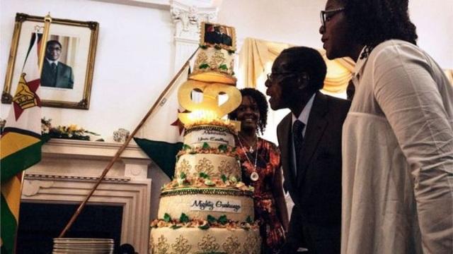 Sinh nhật của cựu Tổng thống Zimbabwe Robert Mugabe không còn ồn ào như trước kia. (Ảnh: Getty)