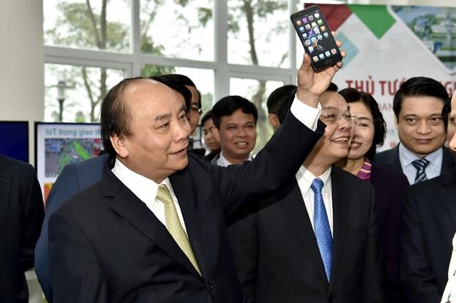 Thủ tướng đánh giá cao một sản phẩm được phát triển tại khu công nghệ cao của Hà Nội