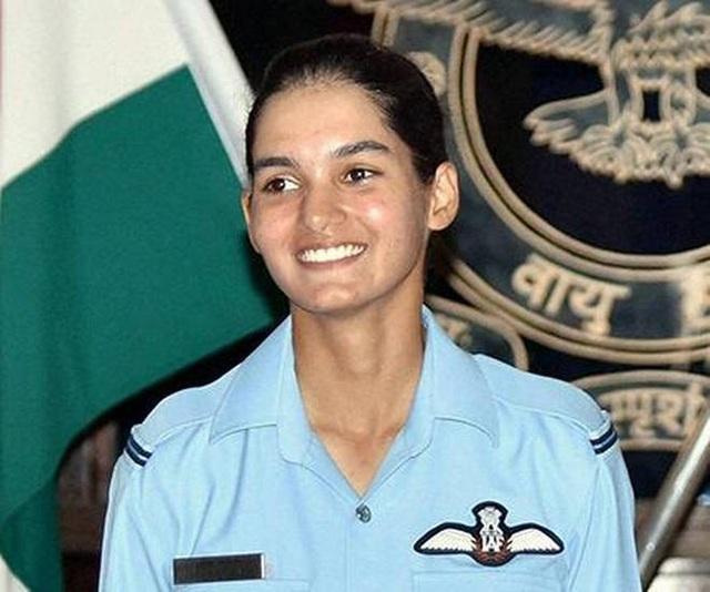 Trước MiG-21 Bison, Avani từng lái thành công các máy bay chiến đấu và huấn luyện khác. Thành công của Avani đã đưa Ấn Độ ngang hàng với các quốc gia như Anh, Mỹ, Israel và Pakistan - những quốc gia có nữ phi công lái máy bay chiến đấu. (Ảnh: The Hindu)