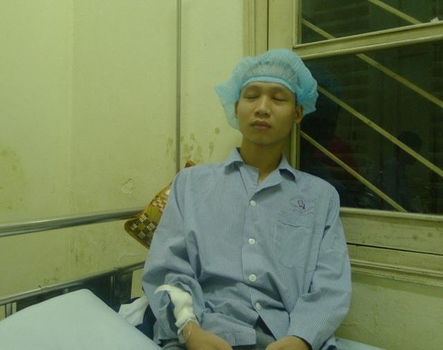 Em vừa trải qua ca mổ não tại bệnh viện Việt Đức cách đây hơn 1 tuần.