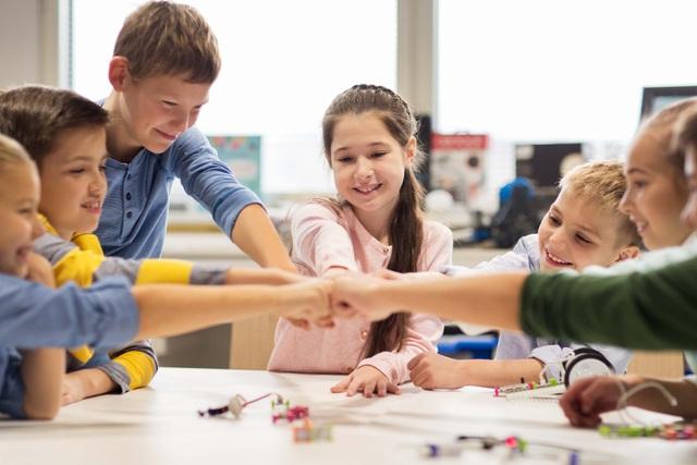 Phụ huynh cần chuẩn bị kỹ càng khi quyết định cho con du học sớm
